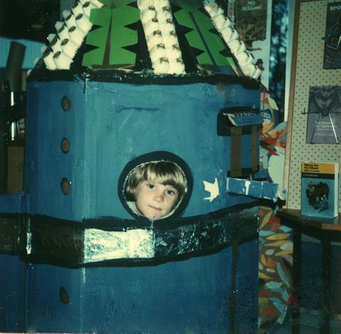 1977-A-cardboard-spacecraft
