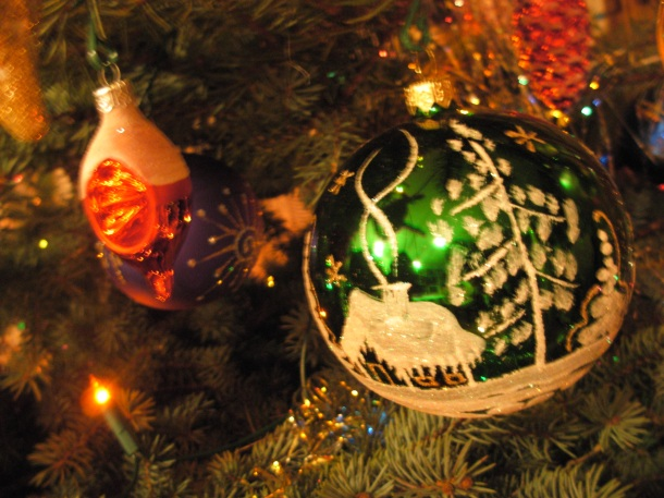 Christmas_baubles_08_-_10