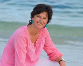 Local author Deb Fitzpatrick – The writer's rollercoaster: surviving the peaks and troughs of a writinglife