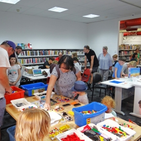 Welcome back to the library – makerspace evening